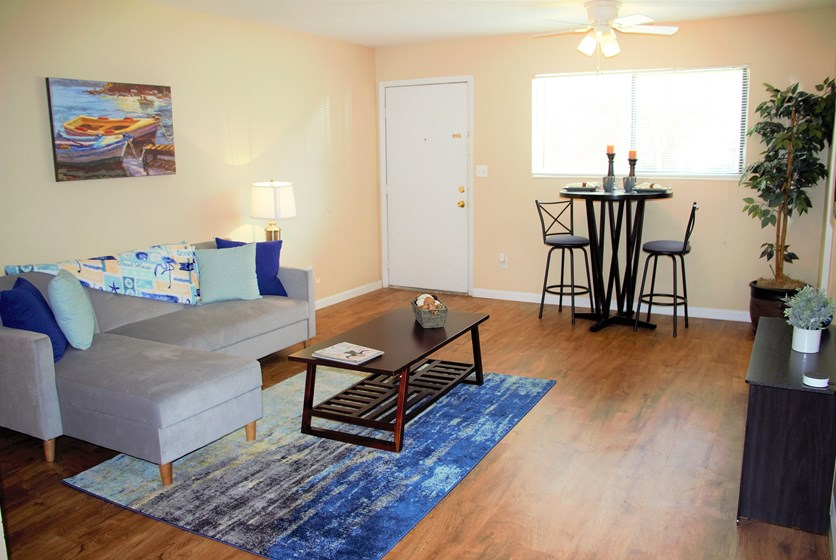 Liv Apartments In Gainesville Fl Swamp Rentals